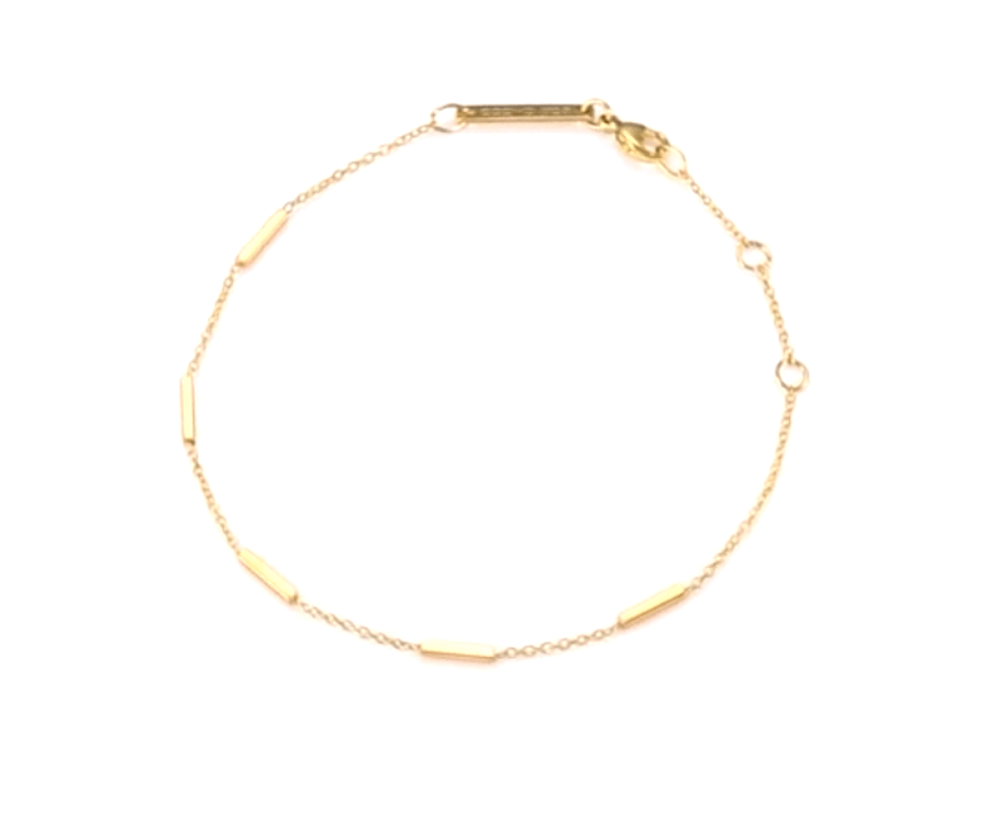 #7 great gifts for fashionista: Gold chain bracelet by Zoe Chicco