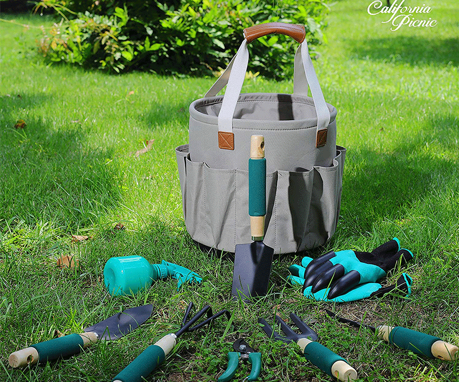 #9 hobby & crafts gifts for her: Gardering Tools Basket