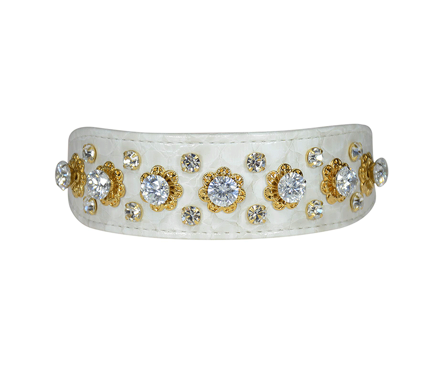 #8 unique gifts for cat lovers: Monarch & Sapphires Collar