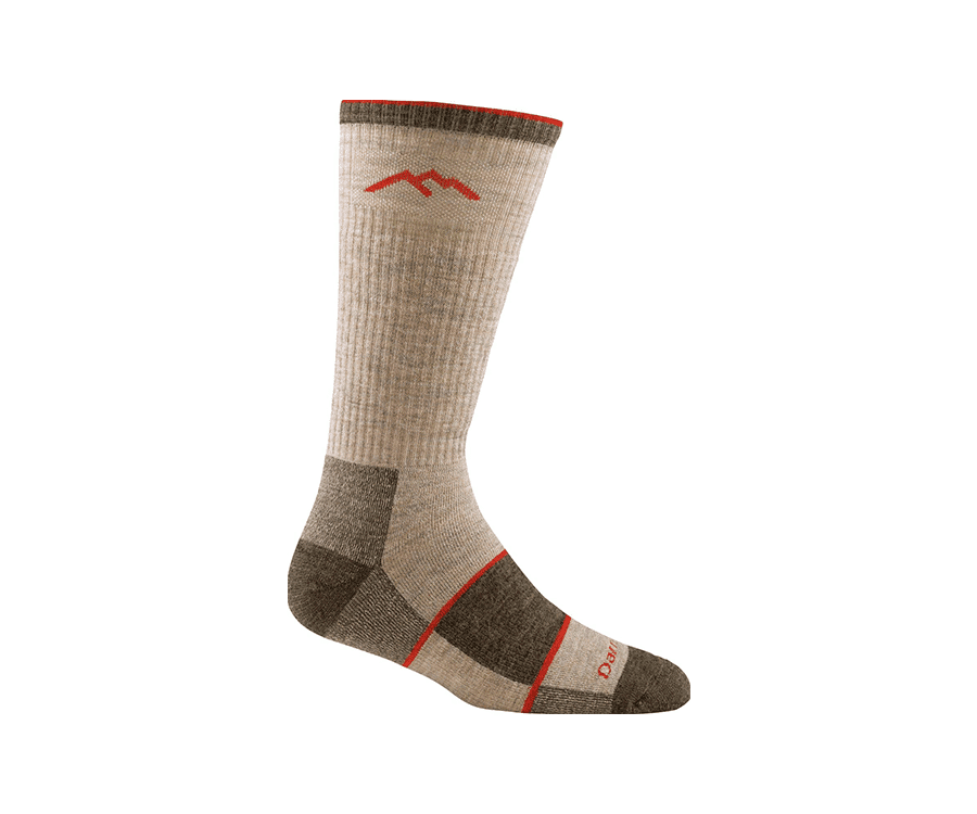 #3 very best gifts for hikers & backpackers: darn tough hiking socks