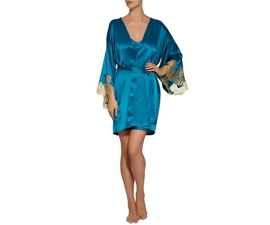 #20 Over the top luxury gifts for her: Gilda & Pearl Silk Kimono