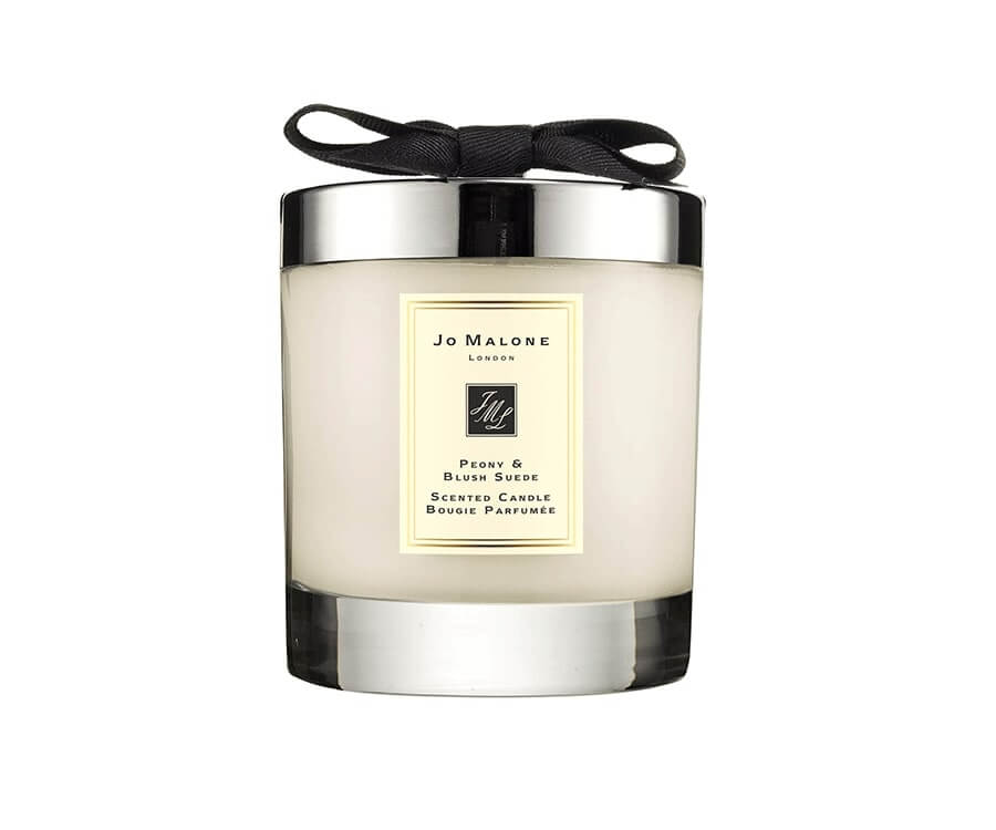 #4 Pamper & Relaxation Gifts: Suede Scented Candle