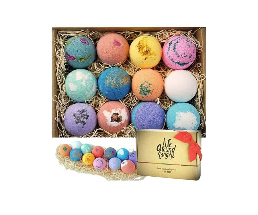 #10 Pamper & Relaxation Gifts for her: Bath Bombs Gift Set