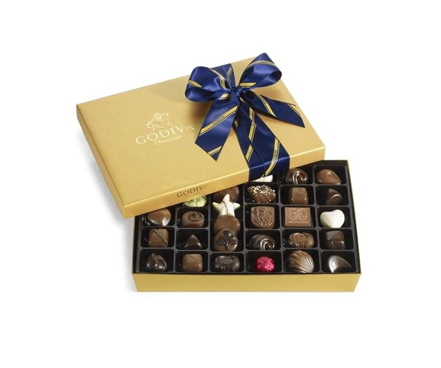 #7 classic gifts for ladies: Belgian Chocolates Gift Box by Godiva