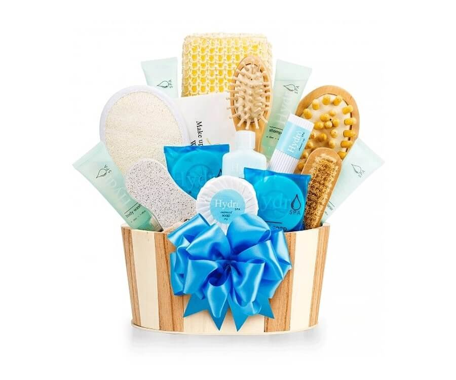 #16 Gym Gifts For Her: Rest & Relaxation Spa Set
