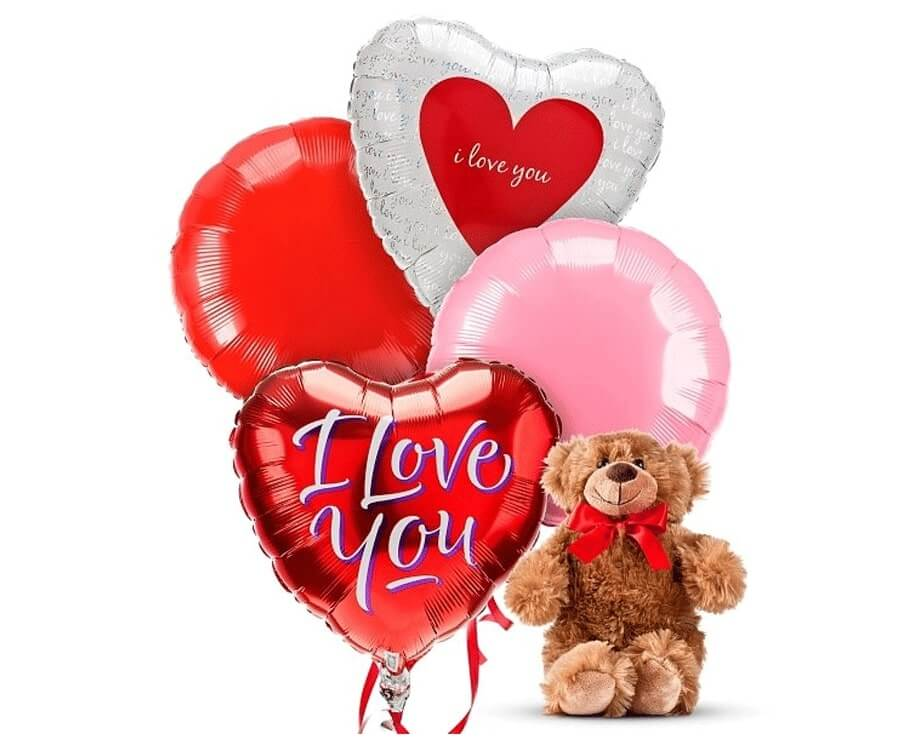 #25 classic gifts for ladies: Balloons & Teddy Bear