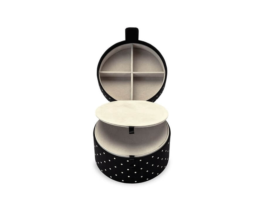 #6 best travel gifts for women: kate spade travel jewelry organizer