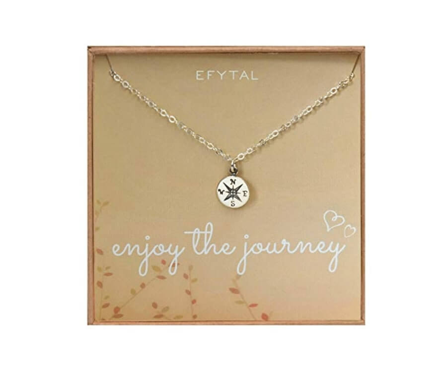#22 gifts for women who like to travel: journey necklace