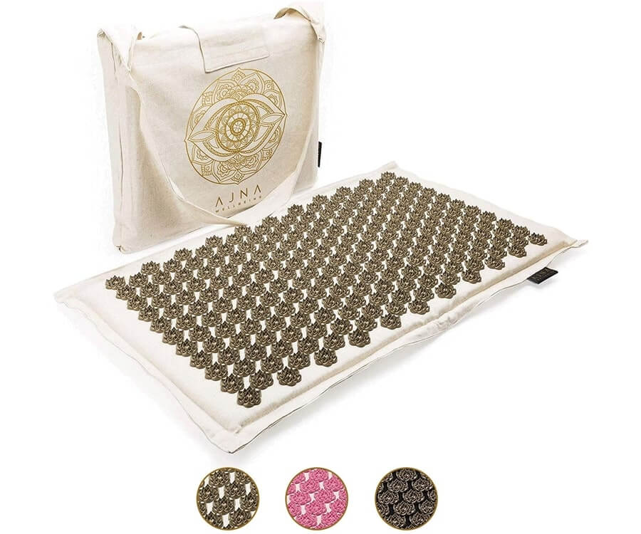 #15 gifts to relax for women: Acupressure Mat