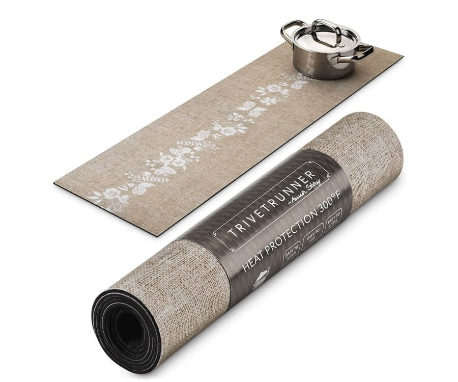 #29 gifts for the woman who has everything: table runner trivet