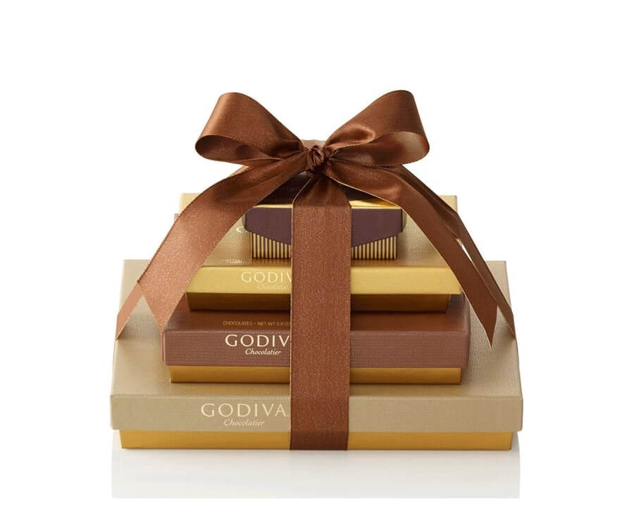 #5 gifts for the woman who has everything: Chocolate Gift Set