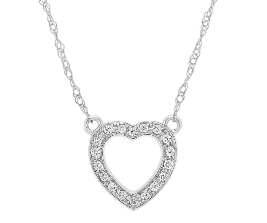 #11 best valentines day gifts for her: diamond heart necklace