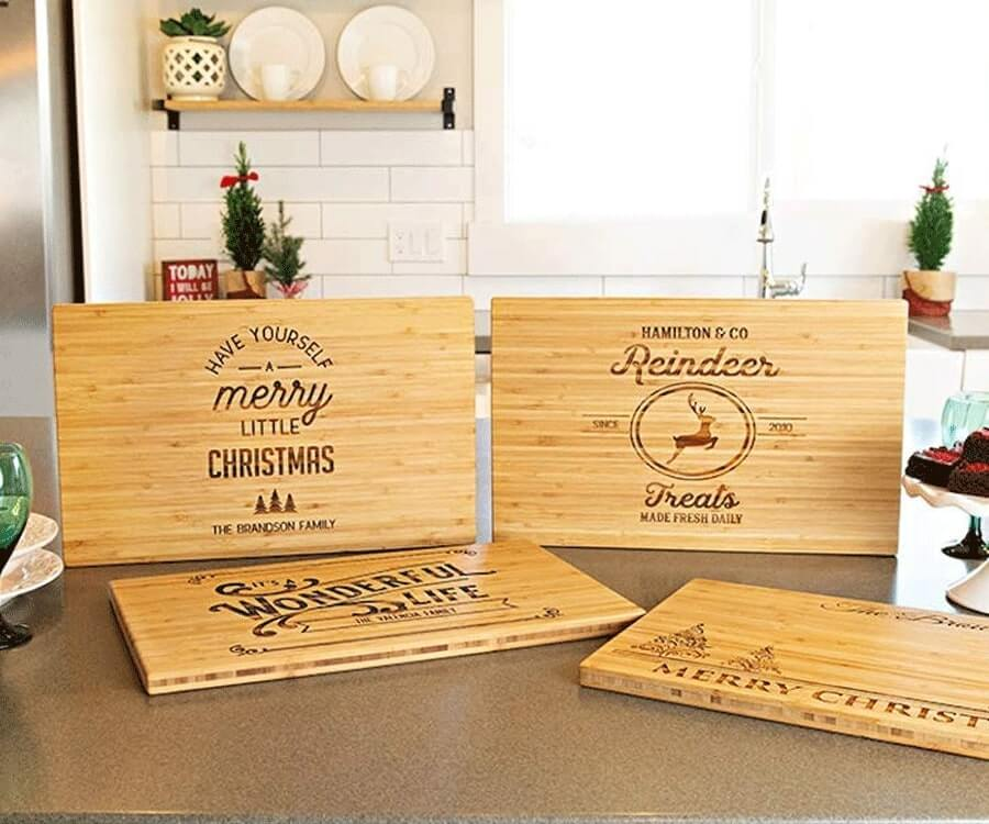 #14 eco friendly gifts for her: Personalized Bamboo Cutting Board