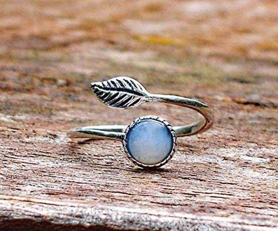 #16 eco friendly gifts for her: recycled vintage ring
