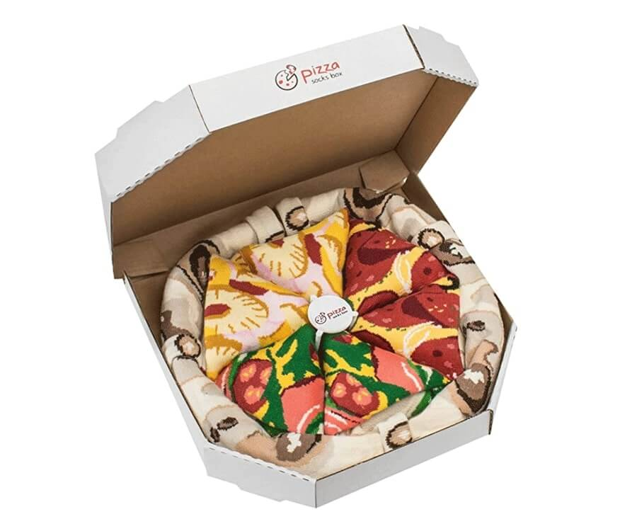 #17 best gifts for long distance boyfriends: pizza socks delivery