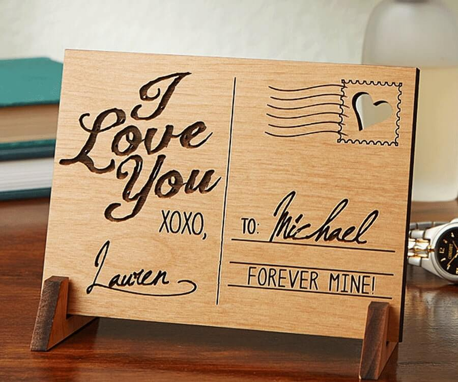 #22 best gifts for long distance boyfriends: personalized wooden post card